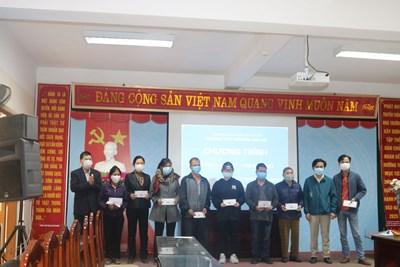 Chương trình Xuân Yêu Thương tết Tân Sửu 2021 của trường THPT Nguyễn Văn Cừ