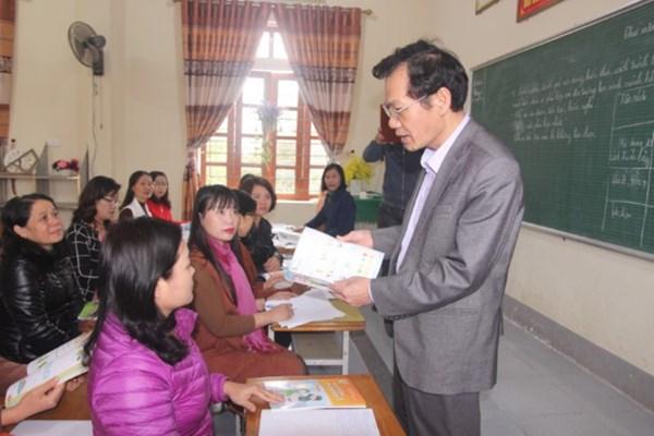 Chọn SGK tại Nghệ An: Không để nhà trường đơn độc
