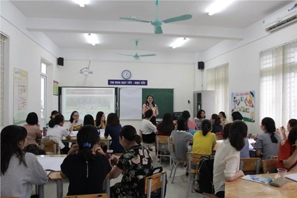 Giáo viên tham gia tập huấn chuyên đề  Giáo viên hiệu quả