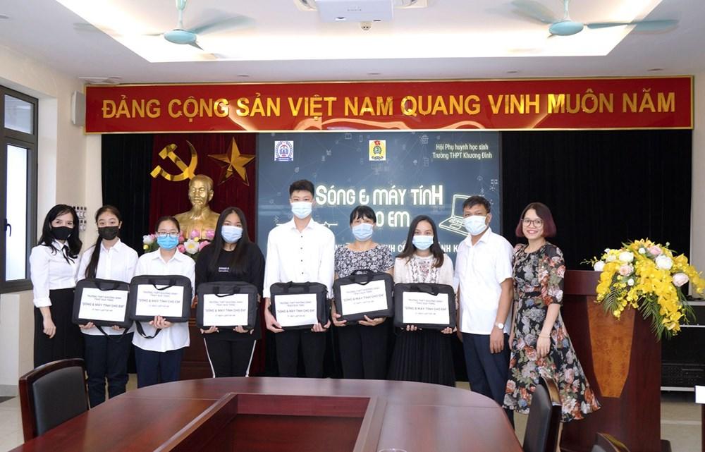 """<a href=""""/tin-tuc-su-kien/thu-cam-on-quyen-gop-ung-ho-chuong-trinh-song-va-may-tinh-cho-em/ct/2178/9074"""">Thư cám ơn quyên góp ủng hộ chương trình Sóng<span class=bacham>...</span></a>"""