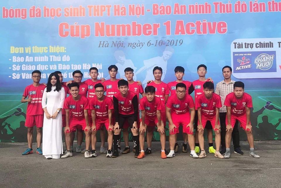 Đội bóng của  trường THPT Lê Quý Đôn - Đống Đa tham dự giải bóng đá An ninh Thủ đô