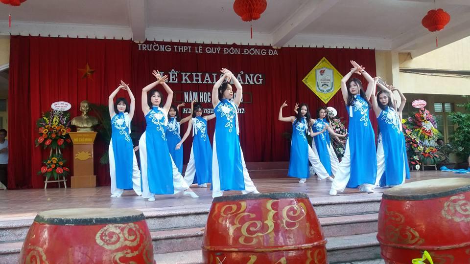 Một số hình ảnh đẹp của học sinh Lê Quý Đôn - Đống Đa trong ngày khai trường