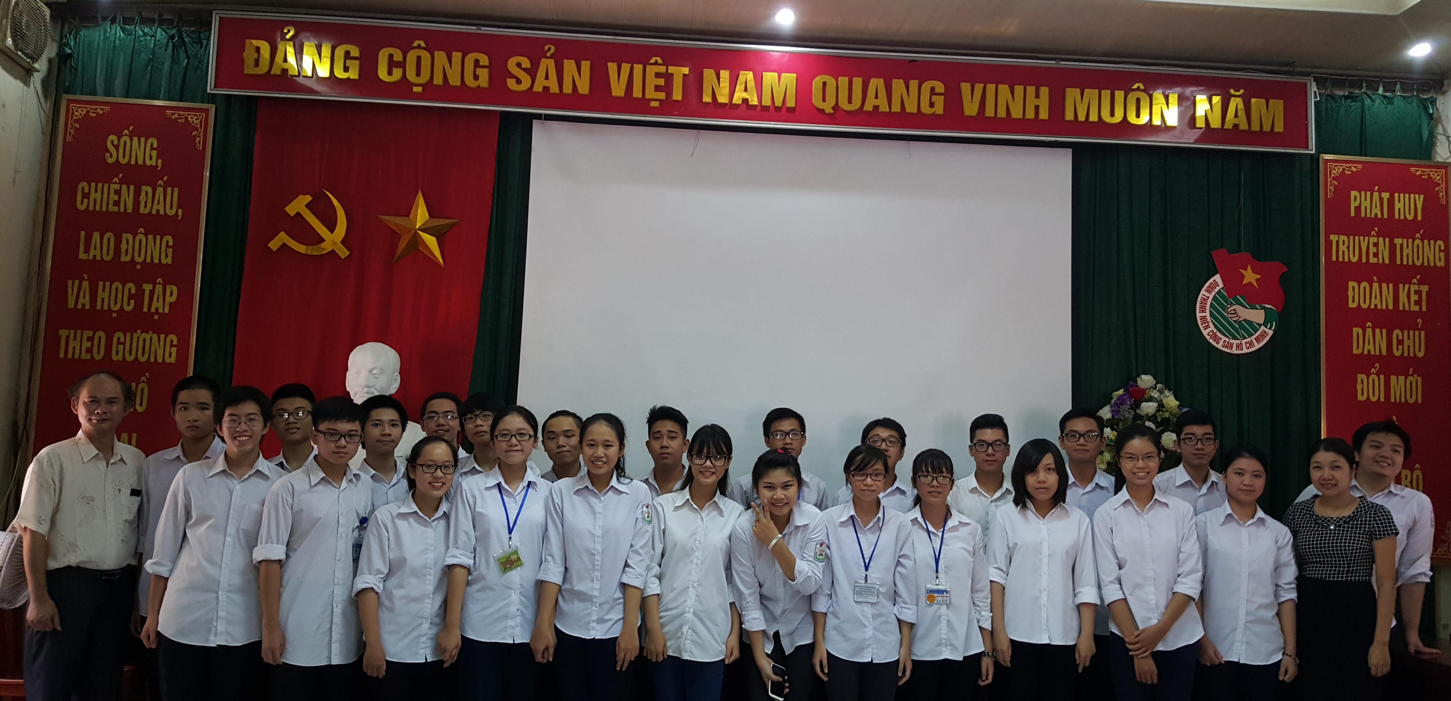 Đội tuyển học sinh giỏi các môn văn hóa dự thi cấp Thành phố