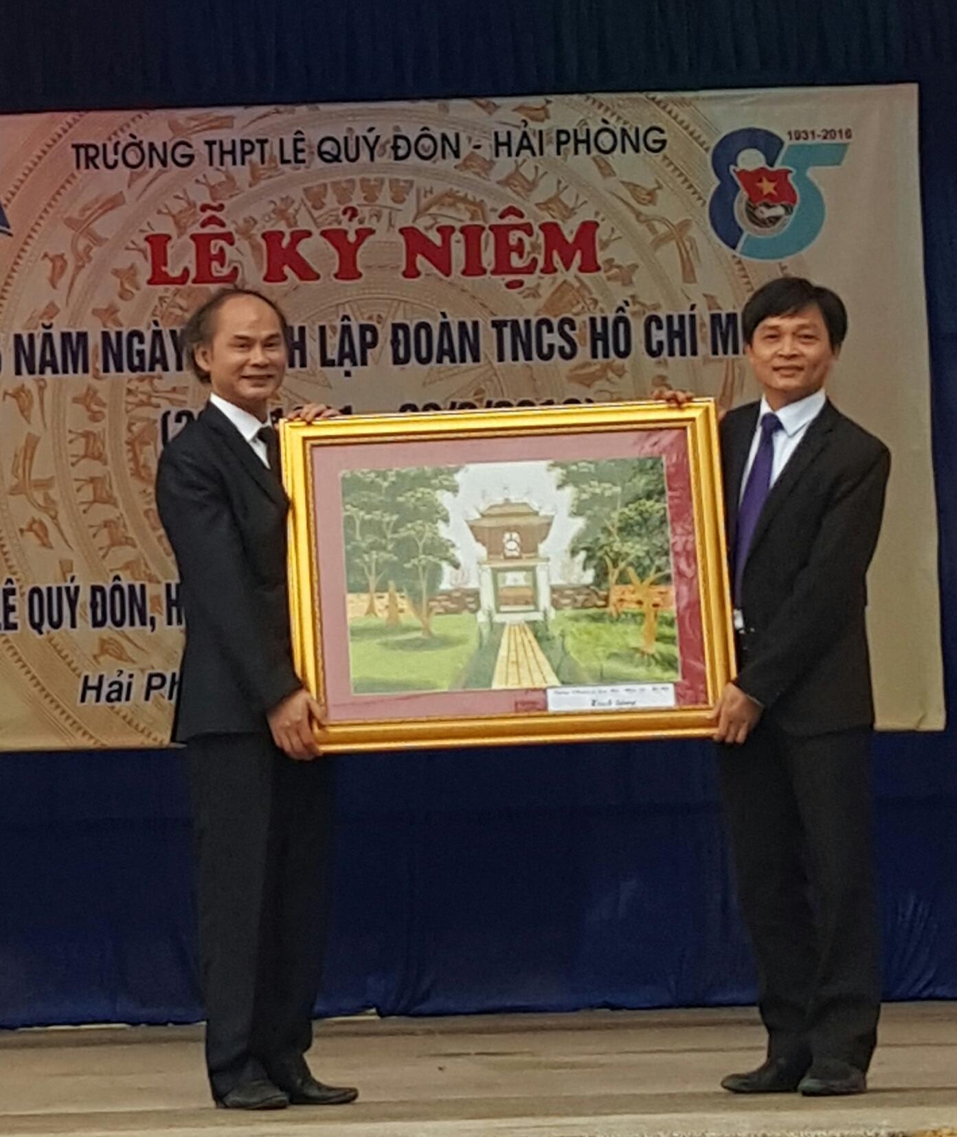 Lễ kết nghĩa giữa 2 trường THPT vinh dự được mang tên nhà bác học Lê Quý Đôn