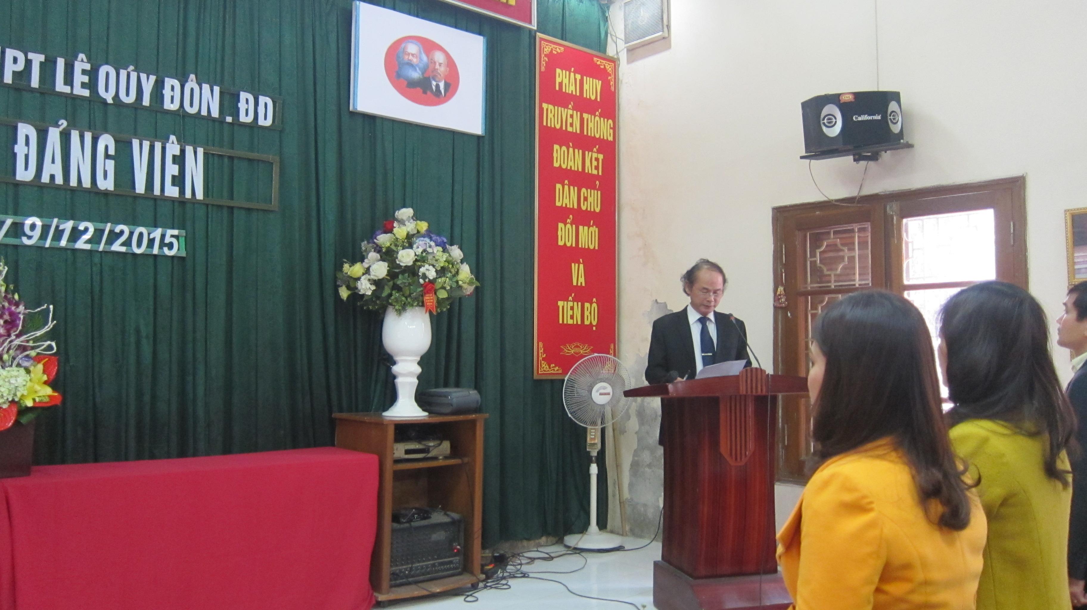 Lễ kết nạp Đảng viên mới chi bộ Trường THPT Lê Quý Đôn